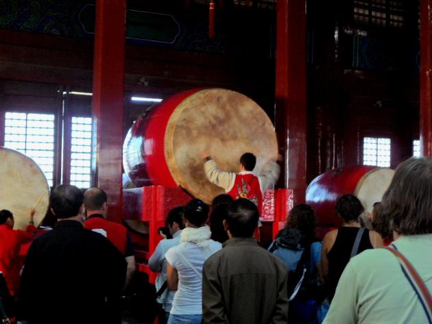 Шоу барабанщиков. Барабанная башня. Пекин
