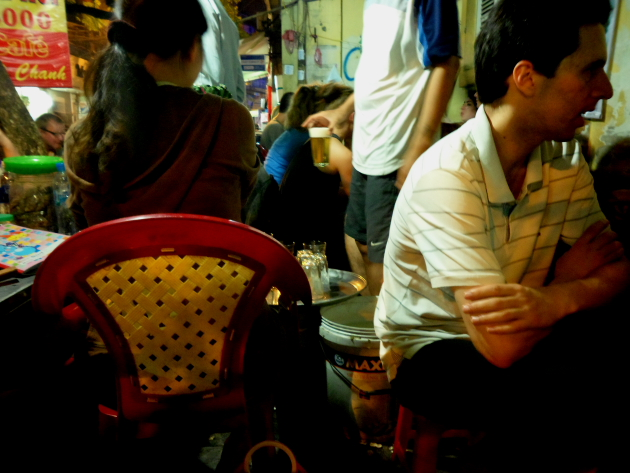 Биа Хой. Пивная в Ханое. Вьетнам