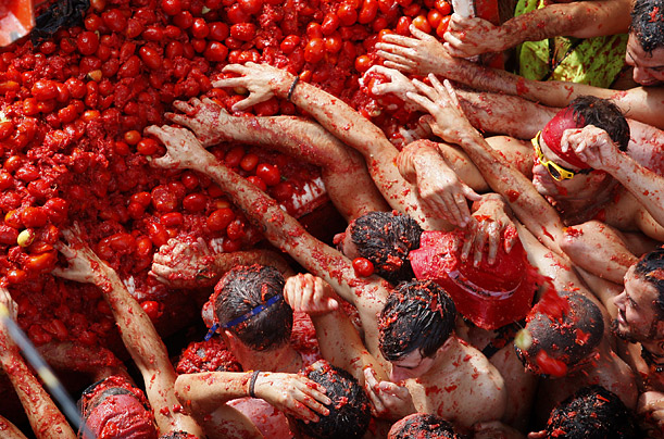 Фестиваль Томатина (La Tomatina)