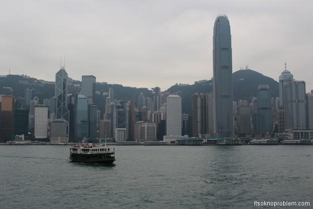 Двухэтажные трамваи в Гонконге. Паром