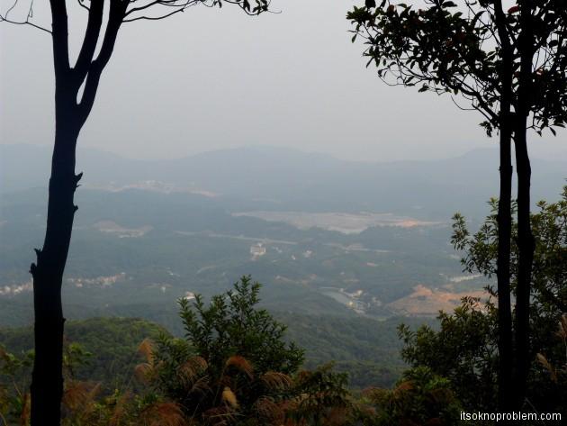 Поход в горы в окрестностях Гуанчжоу
