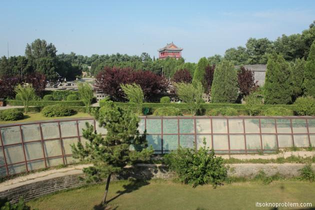 Великая Ки�ай�кая ��ена в Цин���андао