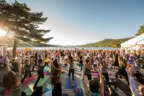 Фестиваль йоги и музыки Wanderlust