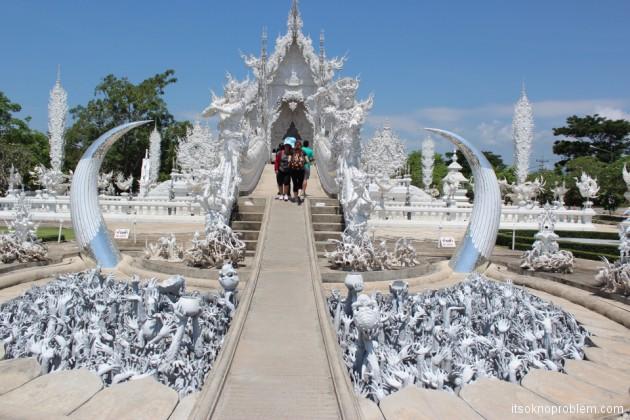 Белый храм wat rong khun в Чианг Рай