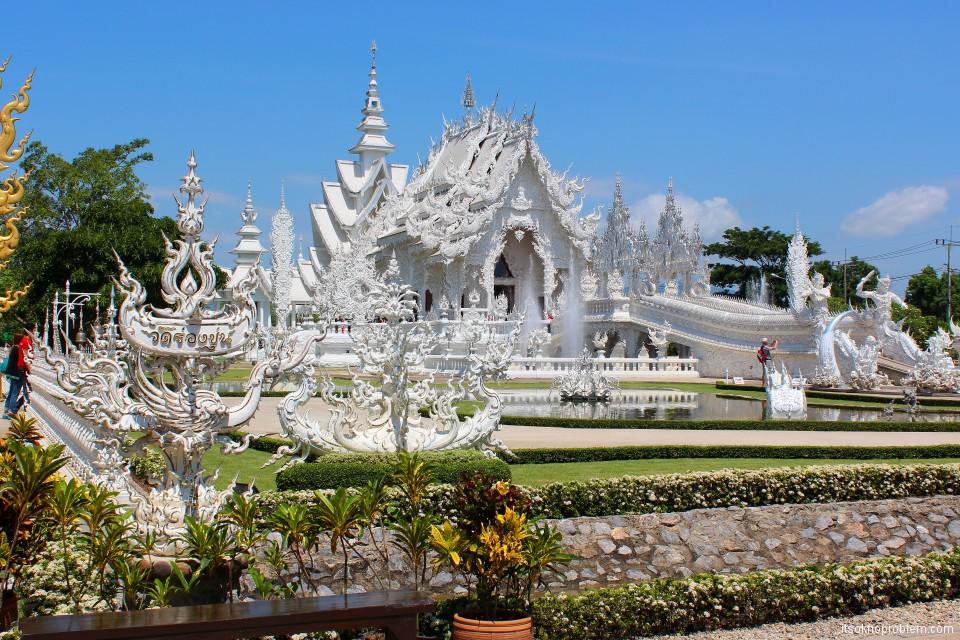 Белый храм wat rong khun в Чианг Рае