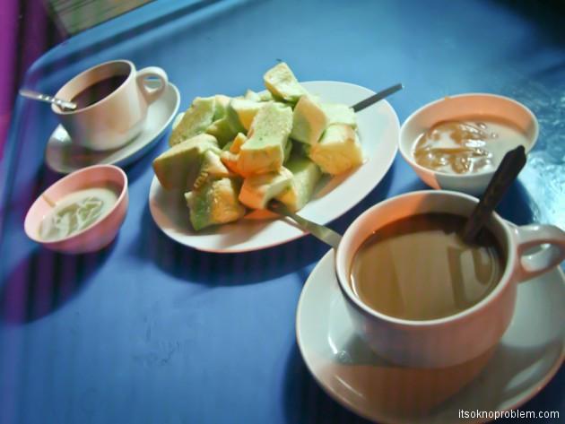 Вкусная неделя. Таиланд. Зеленые булочки с кремом
