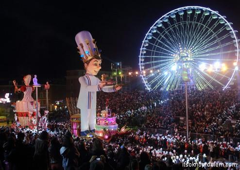 карнавал в Ницце Франция. Световое шоу