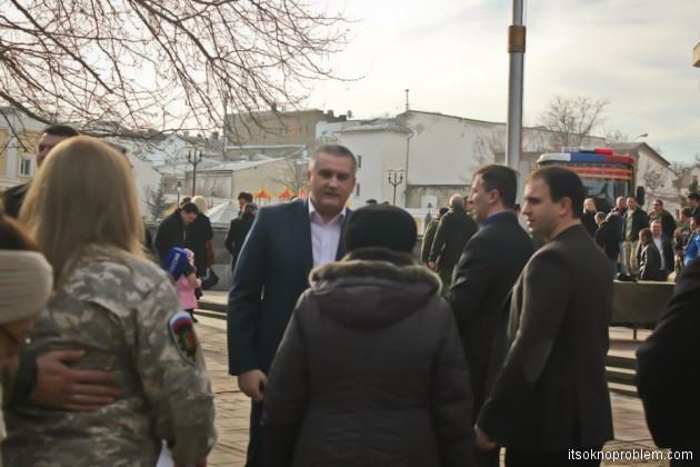 Народное ополчение Крыма в День Защитника Отечества в Симферополе