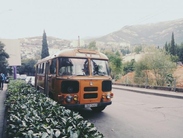 В старую Ялту на древнем троллейбусе